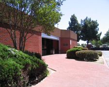 lynwood library.jpg